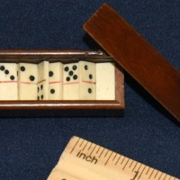 Domino Set (2).jpg